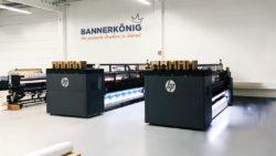 Zwei HP 3600-Latexdrucker