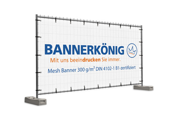 Mit Wunschmotiv bedrucktes Bauzaunbanner aus winddurchlässigem Mesh nach DIN 4102-1 in der Größe 340 x 173 cm