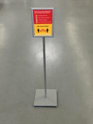 Schild / Aufsteller 'Hygiene Schutz 2m Abstand' -Motiv-8